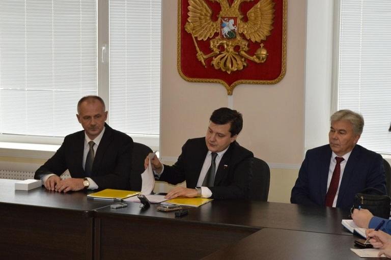 Визит депутата Дениса Москвина в Саров