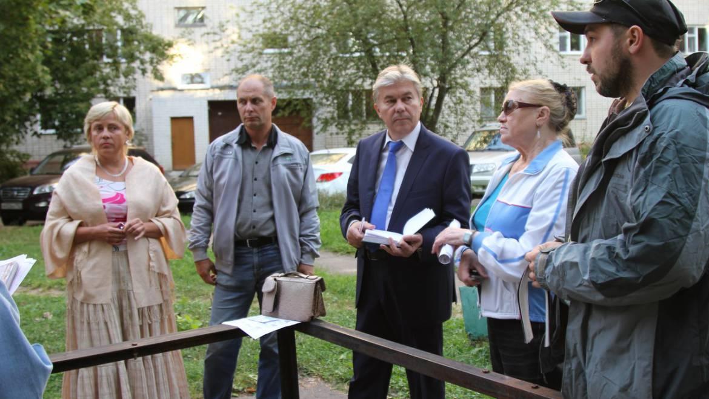 Александр Тихонов встретился с Советом дома