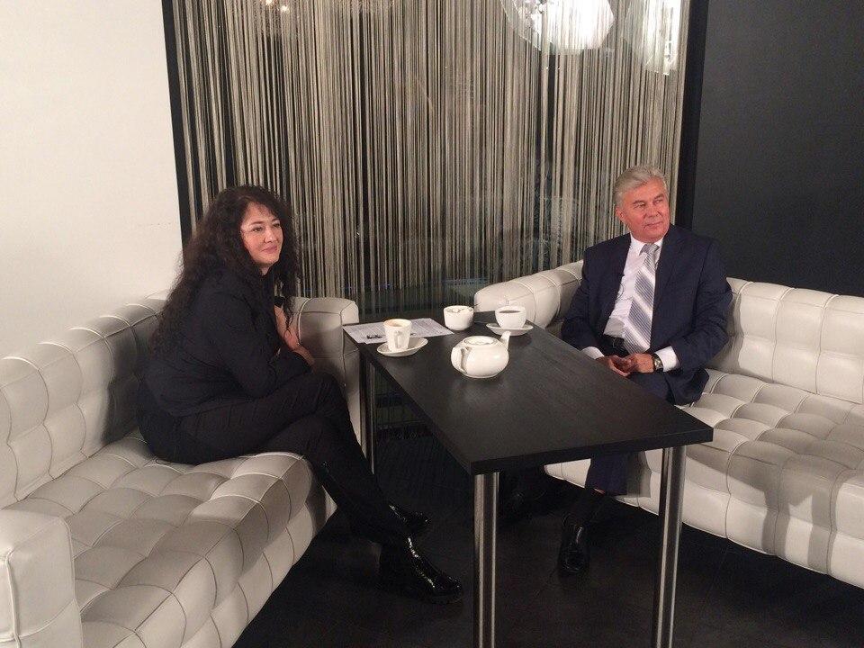 Александр Тихонов в премьере программы «Актуальное интервью»