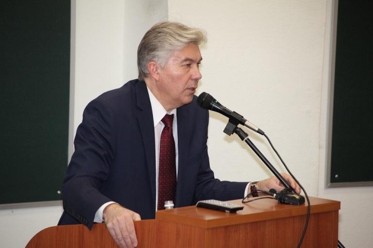 14 февраля состоялась встреча главы города со студентами и преподавателями Саровского физтеха