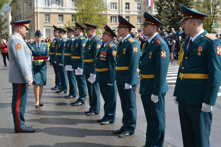 Заслуги саровских военных отмечены высокой государственной наградой