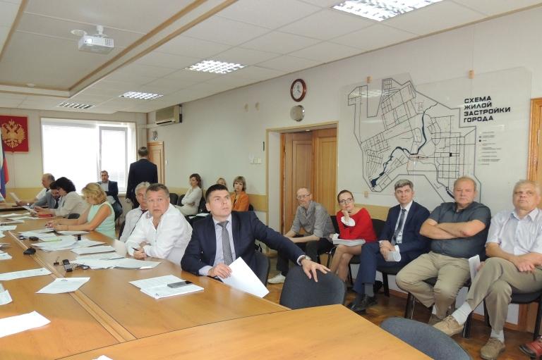Заседания двух комитетов