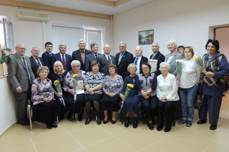 Глава города вручил награды ветеранам