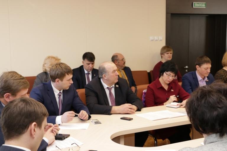 Депутаты обсудят вопросы комитета по экономике и городскому хозяйству