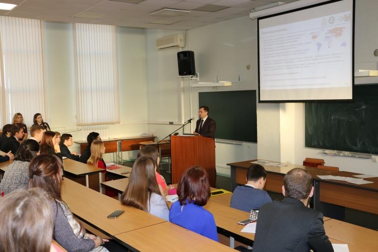 Сергей Жижин обсудил со студентами развитие города