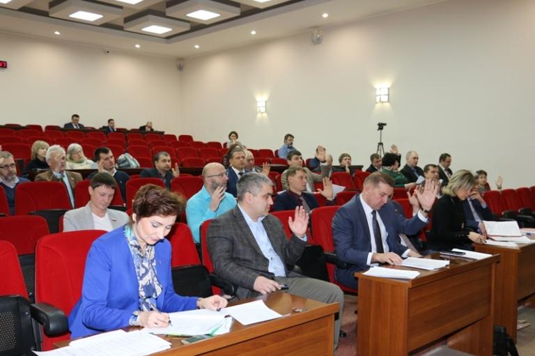 Глава города Александр Тихонов — об итогах заседания думы