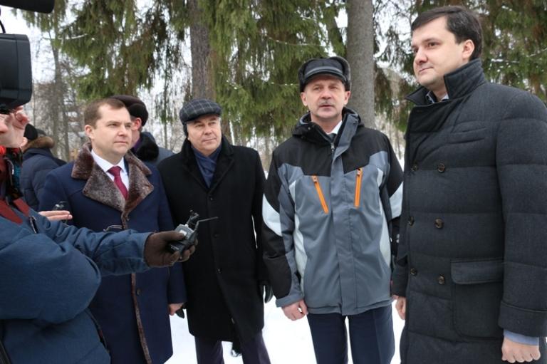 Рабочий визит депутата госдумы Дениса Москвина в Саров