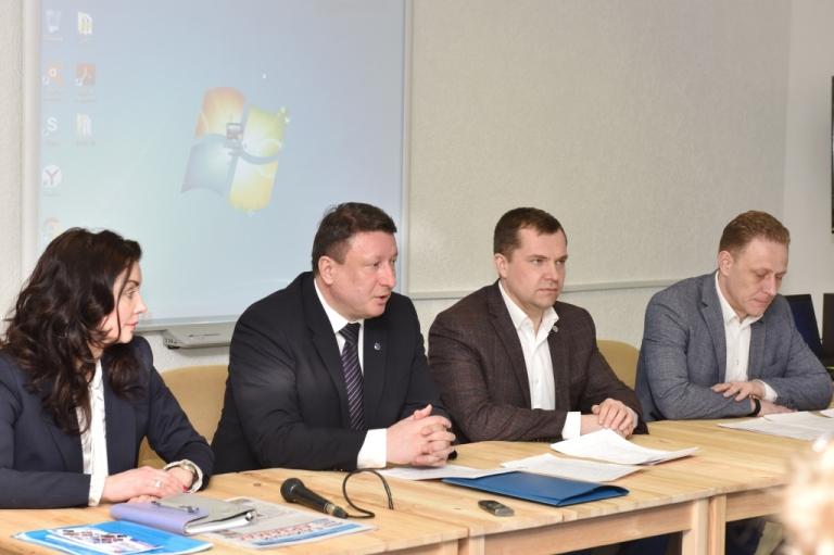 Депутаты «Единой России» обсудили проблемы районов, входящих в избирательный округ №130