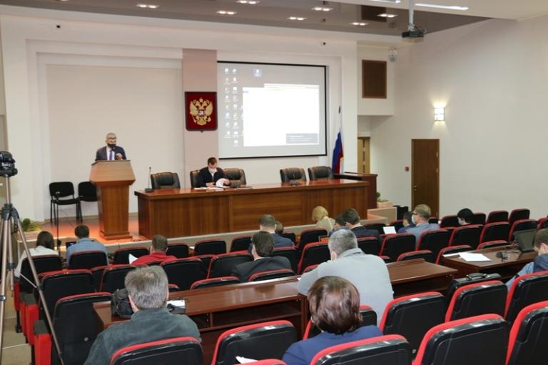 Депутаты обсудили реализацию национальных проектов
