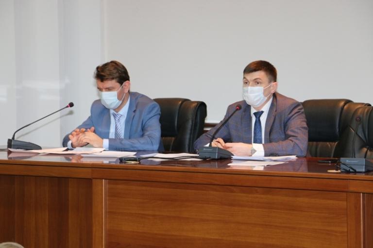 Депутаты рассмотрели новую структуру администрации города
