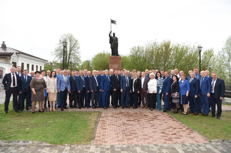 Антон Ульянов принял участие в выездном заседании Ассоциации органов МСУ