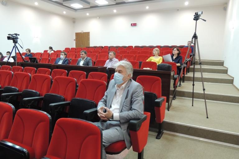 Депутаты обсудили вопросы расходования и планирования городского бюджета